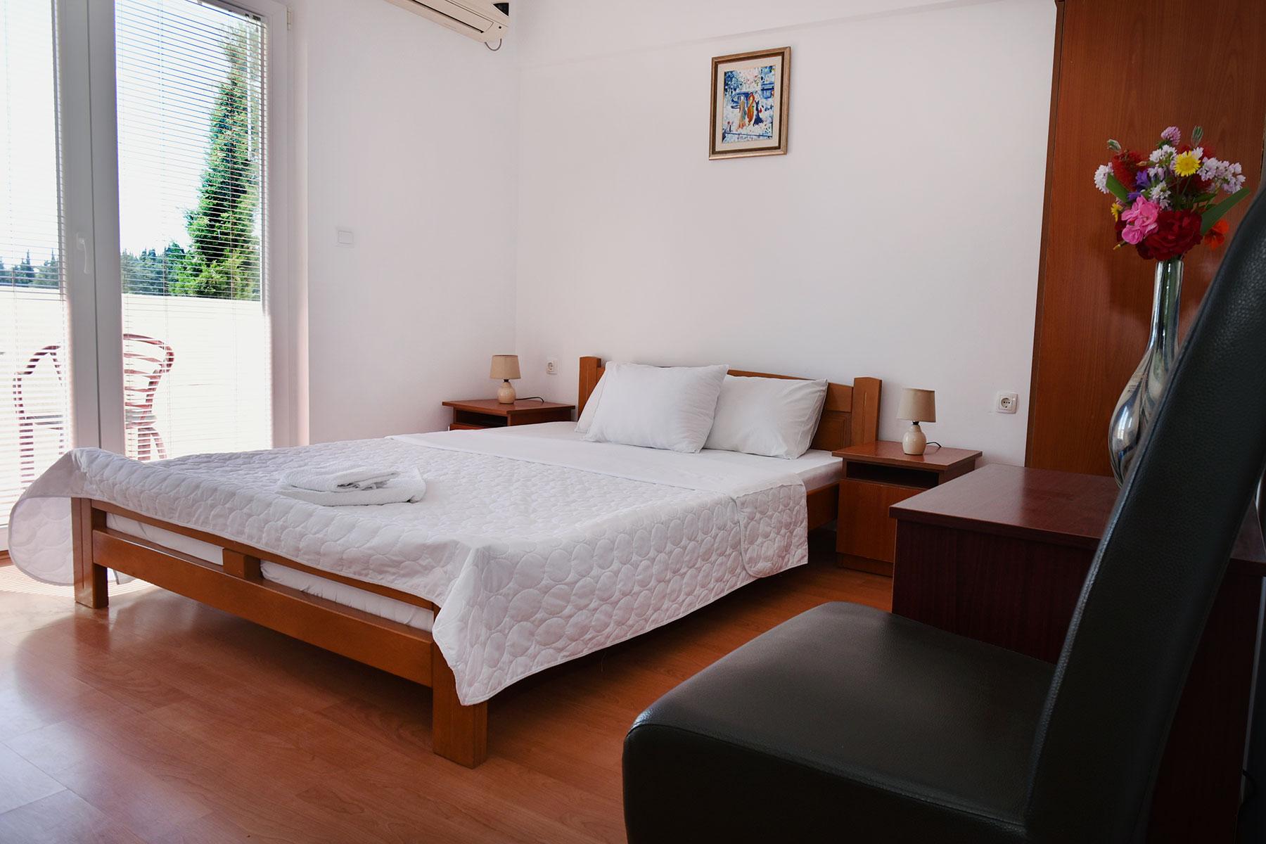 hotel-kapri-sobe-1
