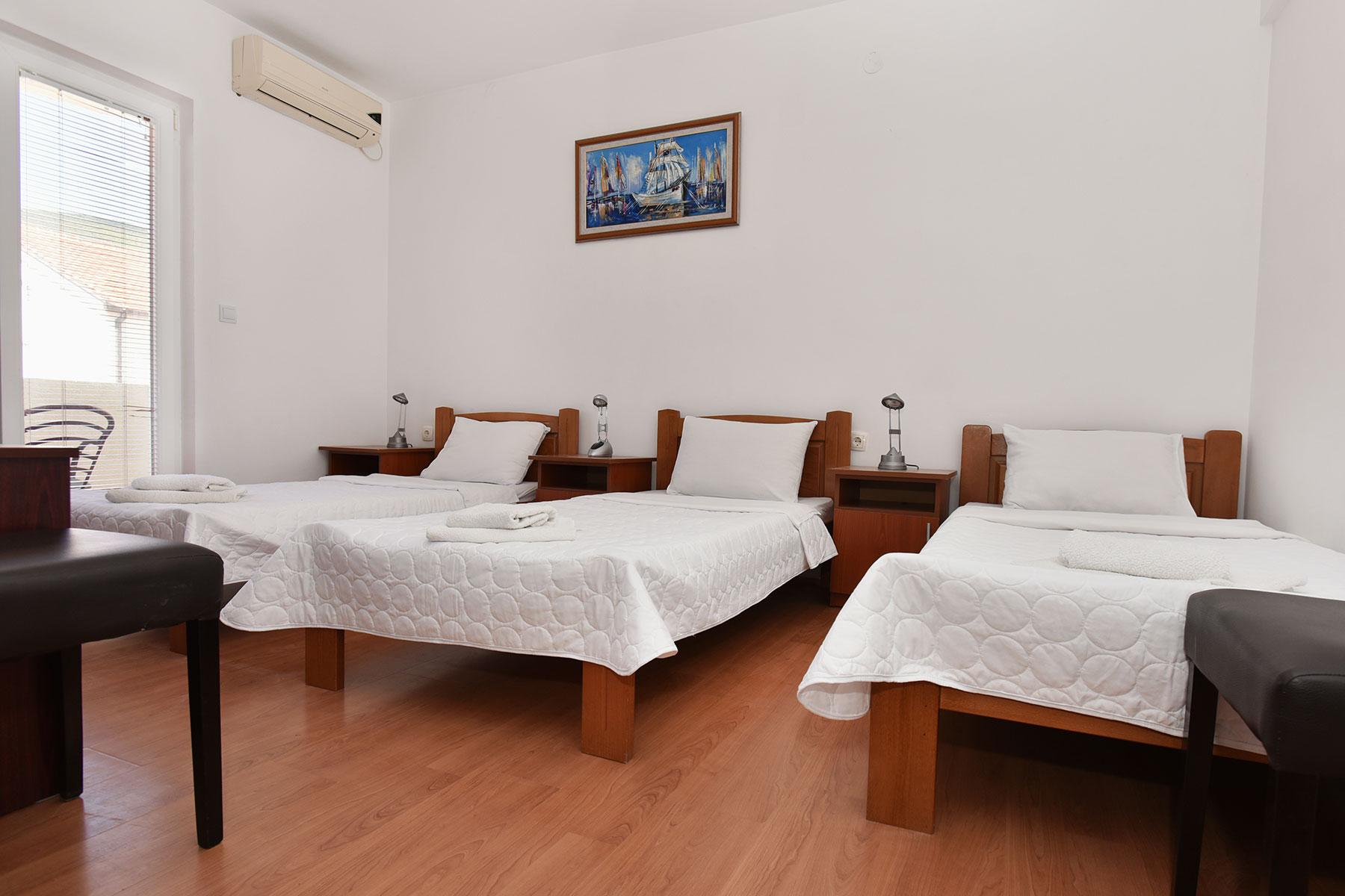 hotel-kapri-sobe-4