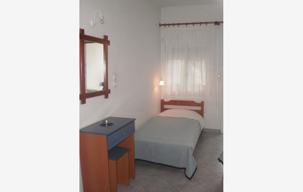 vila-antonia-stavros-4254-3