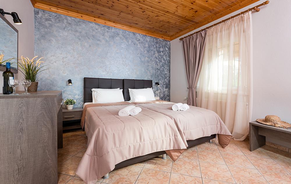 vila-iatrou-lux-potos-5460-7