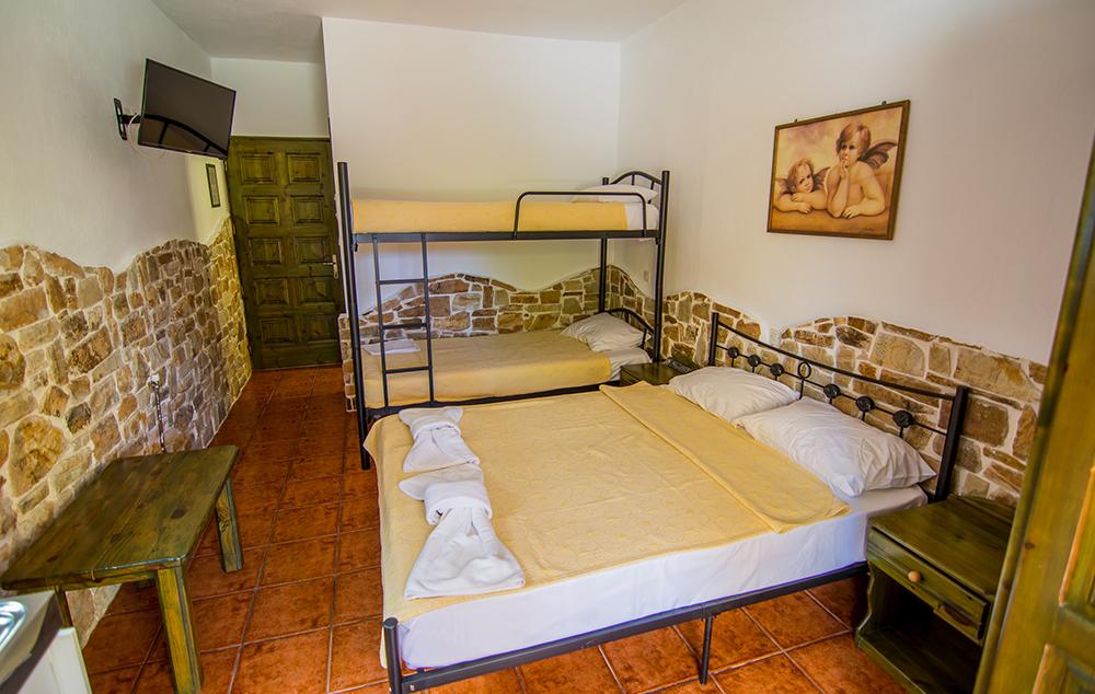 vila-kastro-tasos-skala-potamia-5986-5