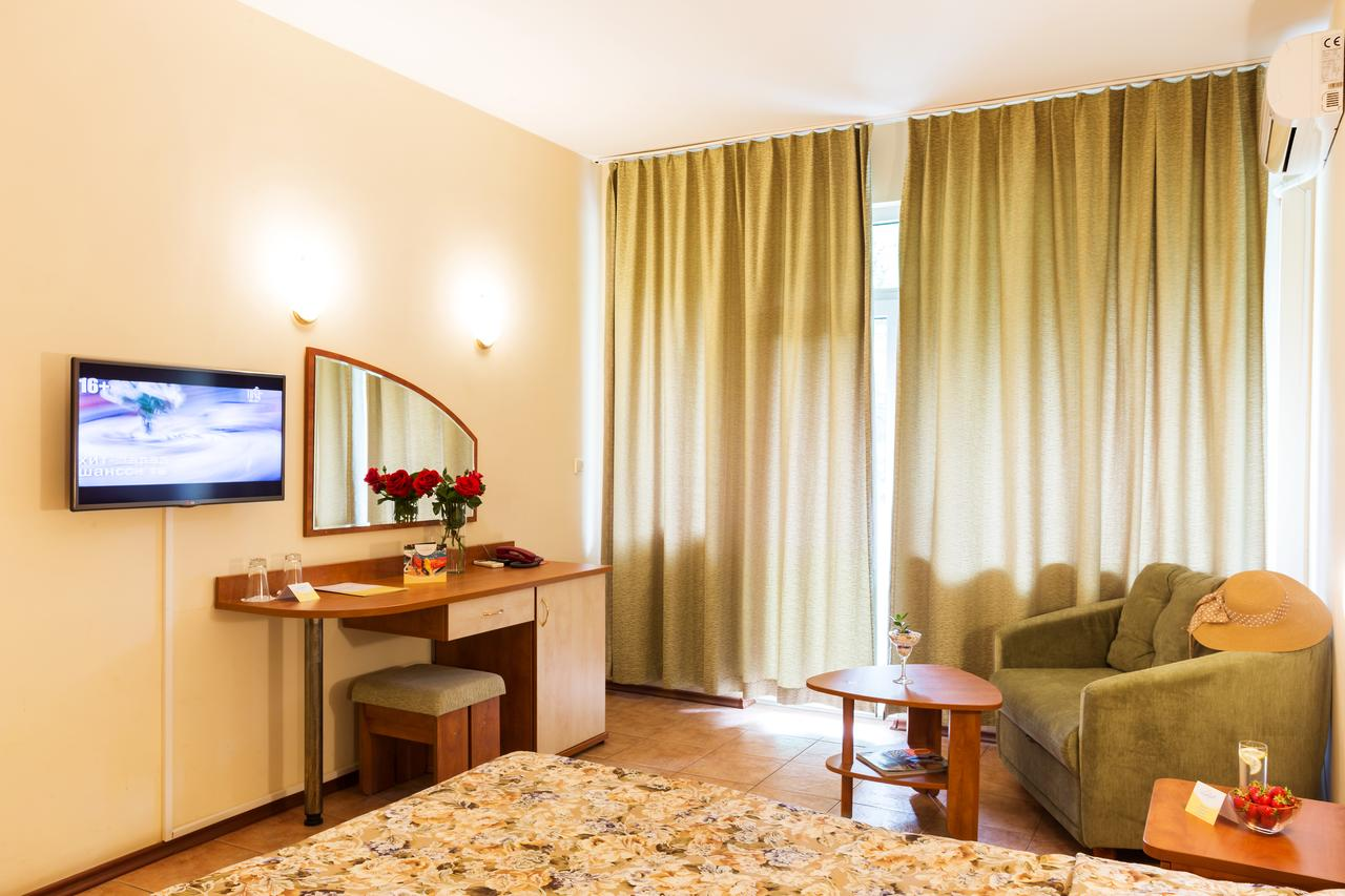 Ljuljak_Hotel_24900007811