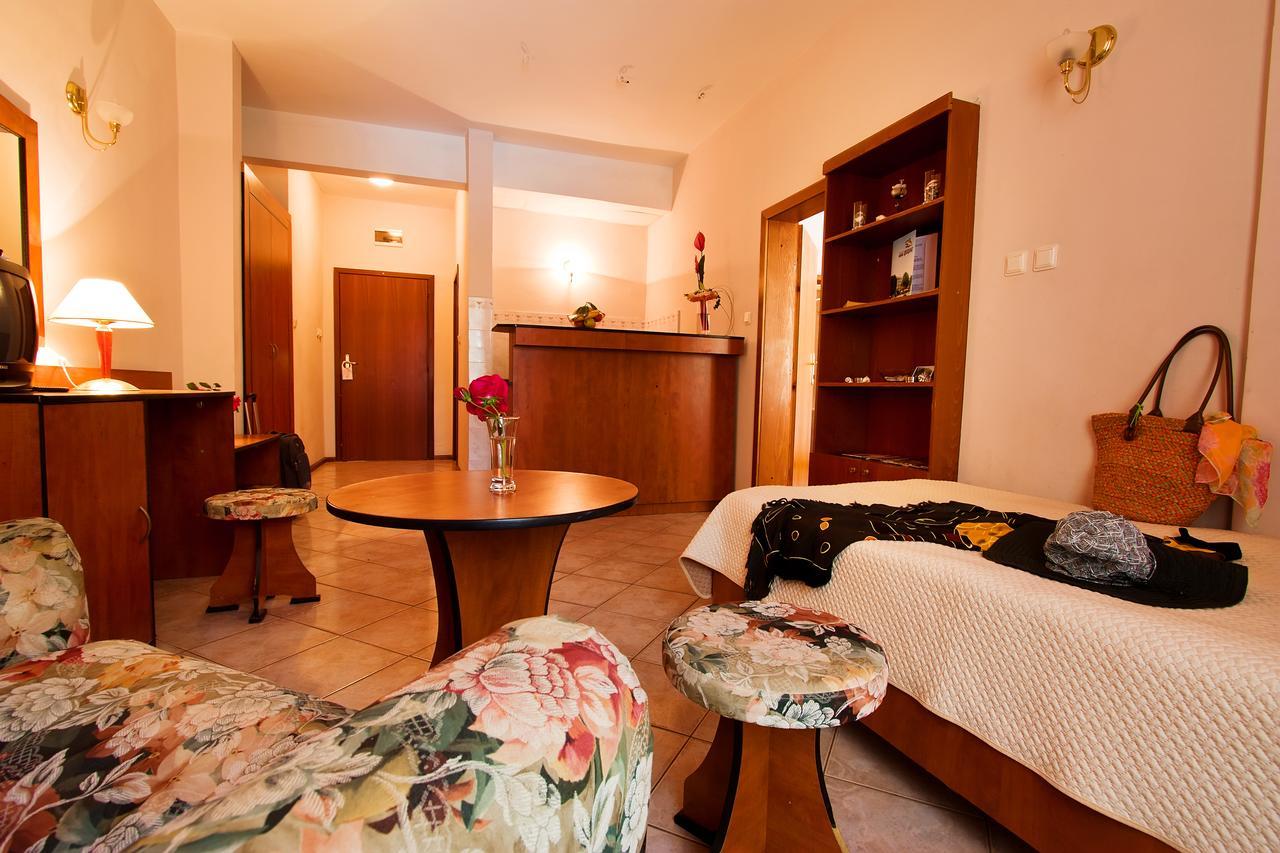 Ljuljak_Hotel_24900007853