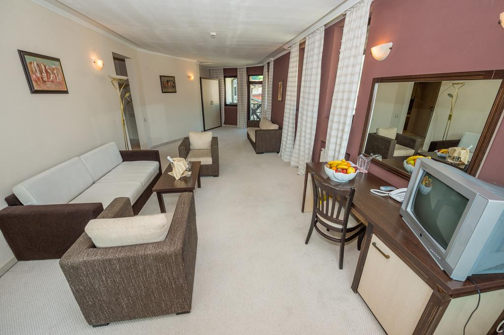 Rhodopi_Home_Hotel_Chepelare_Pamporovo_35100006012