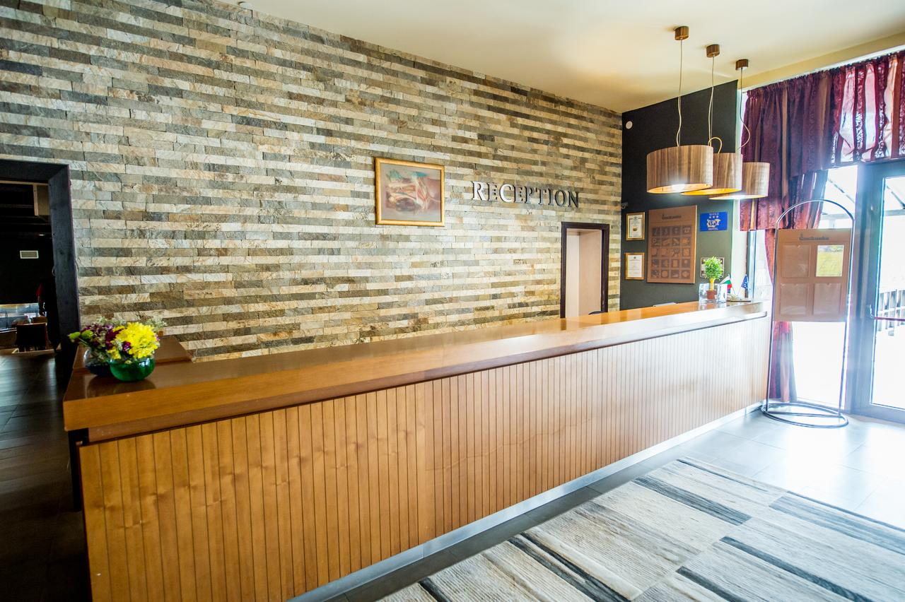 Snezhanka_Hotel_Winter_Half_Board_Pamporovo_33900005721